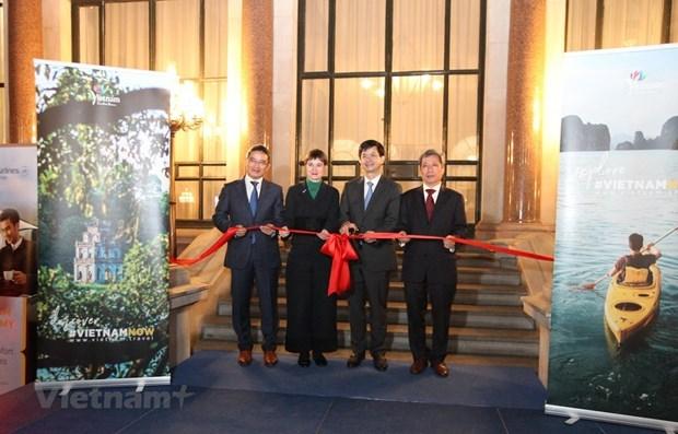 Inauguran primera oficina internacional de turismo de Vietnam en Reino Unido hinh anh 1