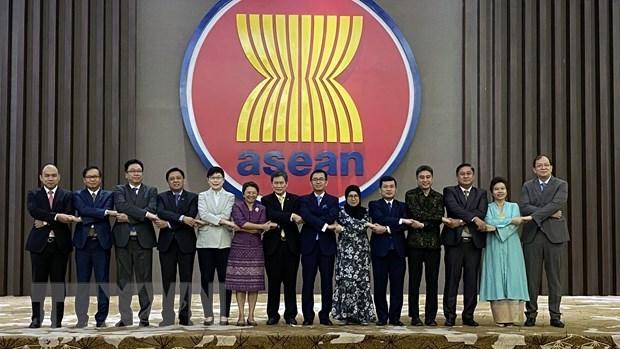 Lanzan Concurso y Exposicion de Pintura grafica de ASEAN 2020 hinh anh 1