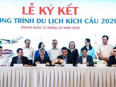 Empresas turisticas en Ciudad Ho Chi Minh ofrecen descuentos de hasta 50 por ciento hinh anh 1