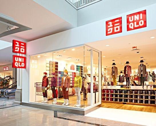 Dirigente de Hanoi promete mejores condiciones para la marca japonesa Uniqlo hinh anh 1
