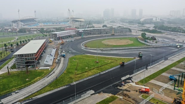 Promueven potencialidades turisticas de Vietnam a traves de la carrera F1 hinh anh 1