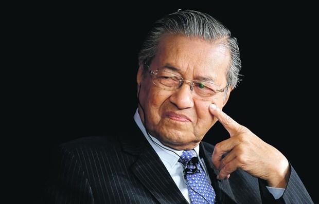 Primer ministro de Malasia presenta carta de dimision hinh anh 1