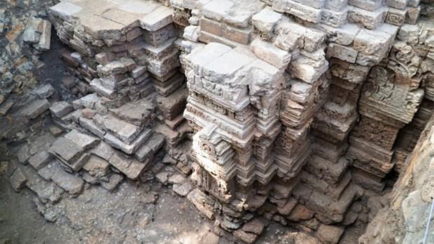 Descubren en Vietnam vestigios de templos milenarios hinh anh 1