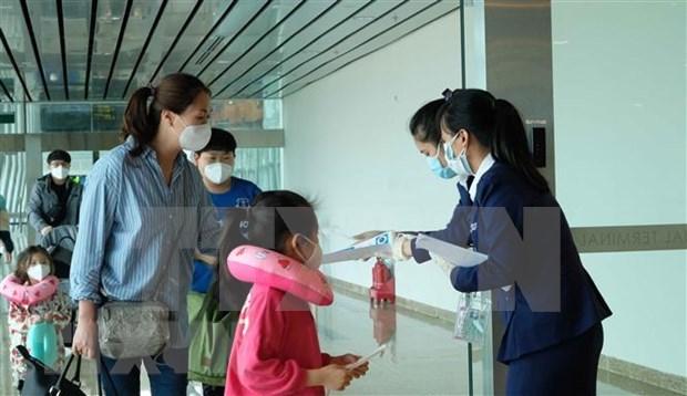 Recomiendan a ciudadanos vietnamitas evitar viajes a zonas epidemicas hinh anh 1