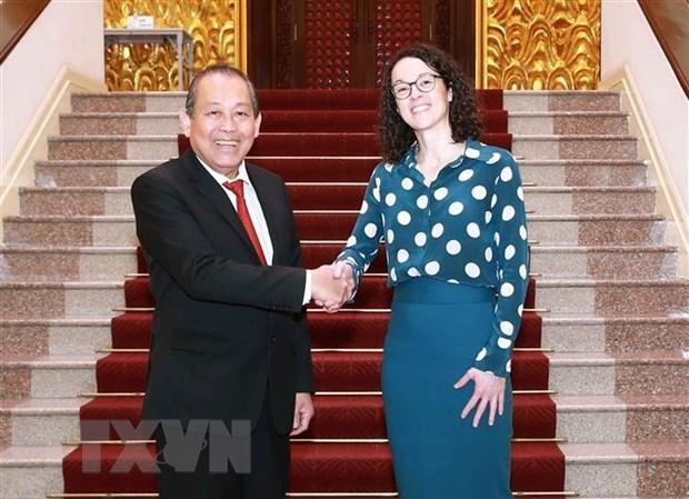 Viceprimer ministro de Vietnam recibe a ministra de estado de Hesse de Alemania hinh anh 1