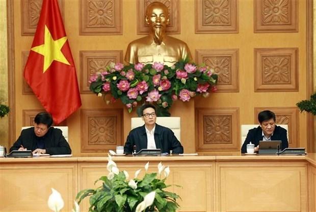 Vicepremier vietnamita pide vigilancia estricta a viajeros que regresan de zonas afectadas por coronavirus hinh anh 1