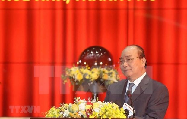 Premier de Vietnam urge a impulsar reforma del sector arancelario hinh anh 1