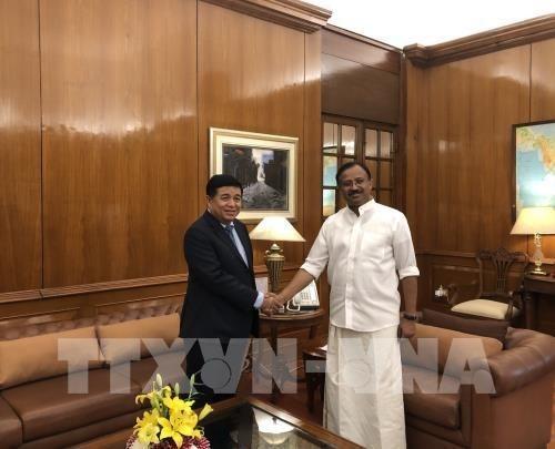 Vietnam y la India dinamizan relaciones de comercio e inversion hinh anh 1