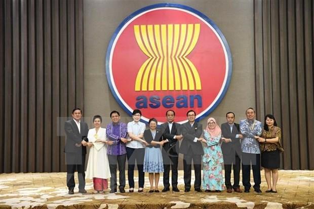 ASEAN promueve conectividad regional hinh anh 1
