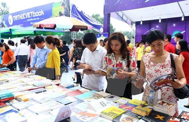 Celebraran numerosas actividades para promover cultura lectora en Hanoi hinh anh 1