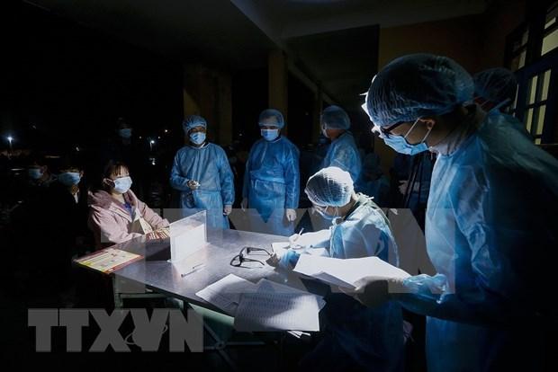 Proteccion de ciudadania en zonas afectadas por coronavirus, tarea prioritaria de Vietnam hinh anh 1
