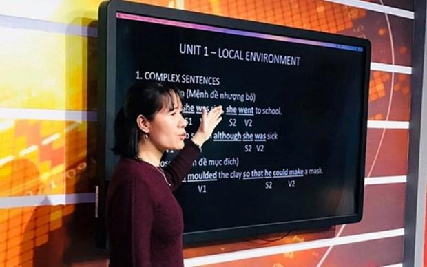 Hanoi transmitira clases por television hinh anh 1