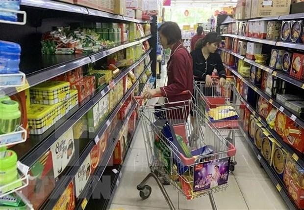 Hanoi mantiene estable el suministro de productos basicos hinh anh 1