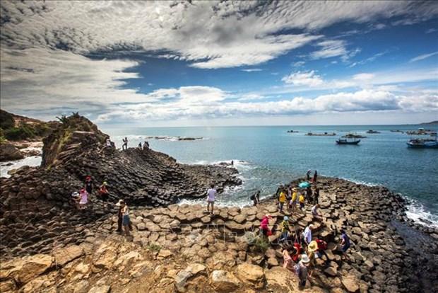 Decretan cierre temporal de sitios turisticos en provincias vietnamitas hinh anh 1