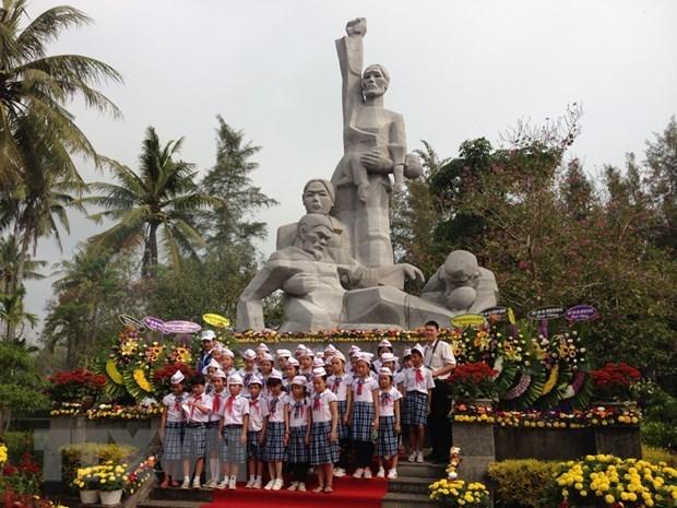 Rinden homenaje en provincia vietnamita a victimas de la matanza de Son My hinh anh 1