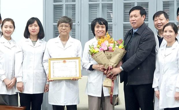 Reconocen a mujeres cientificas en Vietnam por sus aportes en investigacion de la influenza hinh anh 1