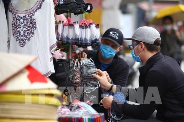 Vietnam puede satisfacer demanda de mascarillas, afirma ministro de Industria y Comercio hinh anh 1