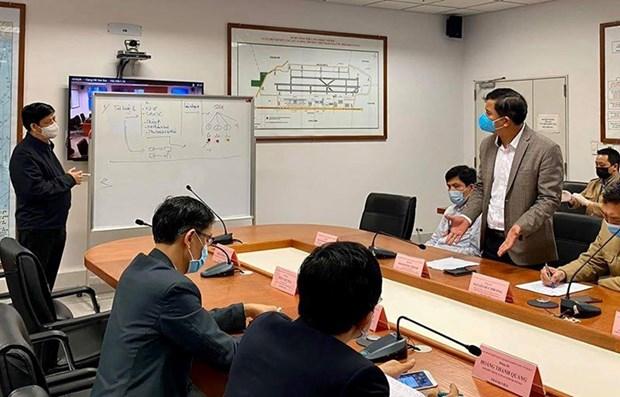 Informan sobre vuelos hacia Vietnam con pasajeros infectados de COVID-19 hinh anh 1