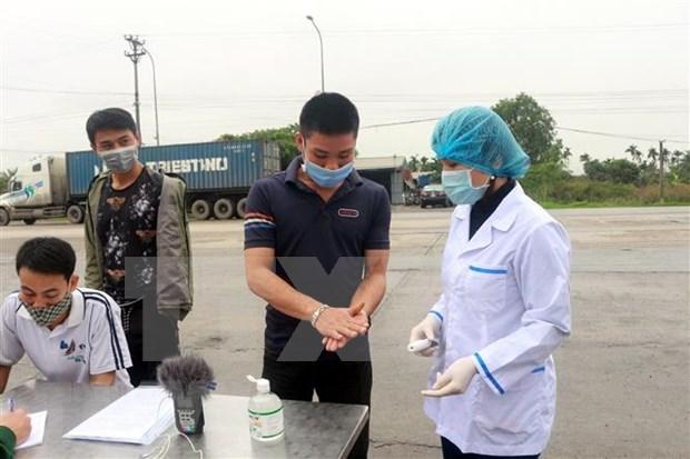 Inauguran primer punto de lavado de manos gratis en Vietnam para hacer frente al COVID-19 hinh anh 1