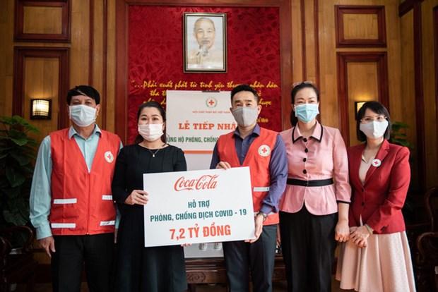Acompana Coca-Cola a Cruz Roja de Vietnam en lucha contra COVID-19 hinh anh 1