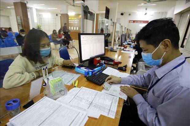 Garantizan en Vietnam cobertura de seguros de desempleo ante impacto de COVID-19 hinh anh 1