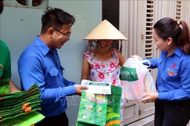Responden jovenes de Vietnam a la Hora del Planeta 2020 hinh anh 1