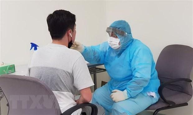Refuerzan tratamiento para pacientes con COVID-19 hinh anh 1