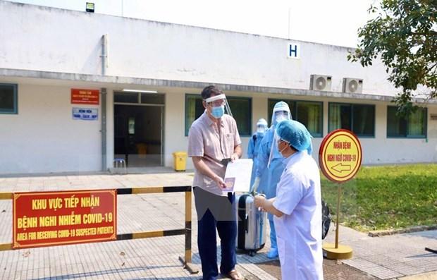 Dan de alta a otro paciente con COVID-19 en Vietnam hinh anh 1