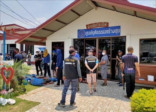 Prisioneros escapan tras disturbios en carcel de Tailandia hinh anh 1
