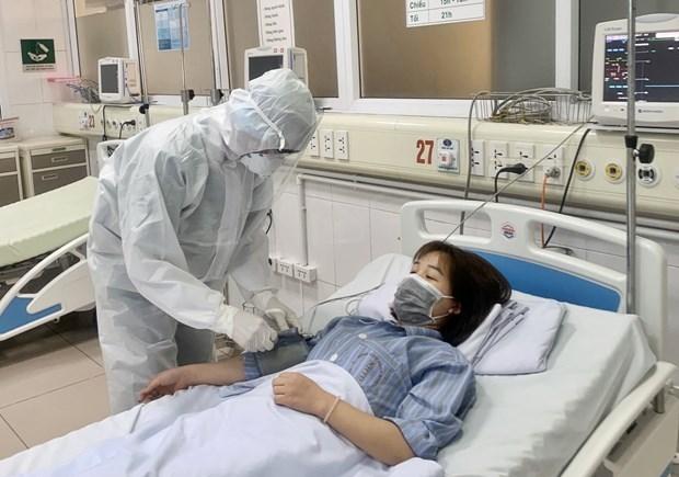 Reportan pruebas negativas de COVID-19 en un tercio de los casos activos en Vietnam hinh anh 1