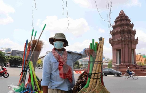 Economia de Camboya se desacelerara por COVID-19, segun Banco Mundial hinh anh 1