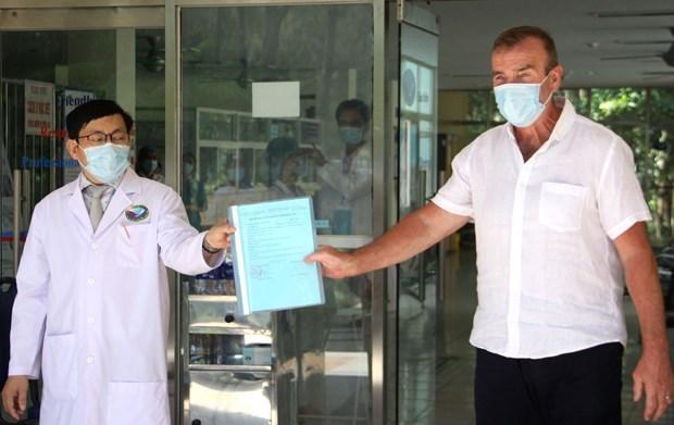 Mas paciente de coronavirus dado de alta del hospital en Vietnam hinh anh 1