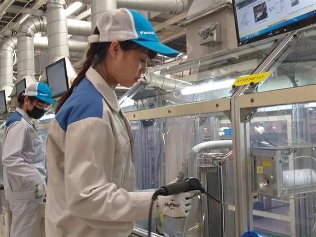 Disminuyo indice de gestores de compras de manufactura de Vietnam en marzo hinh anh 1