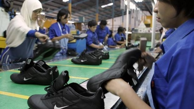 Centenares de miles de trabajadores en Yakarta afectados por el COVID-19 hinh anh 1