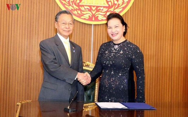 Destacan llamado de Vietnam a fortalecer cooperacion dentro de AIPA ante pandemia hinh anh 1