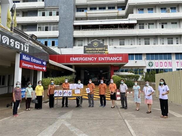 Vietnamitas en Tailandia apoya al gobierno local en combate contra pandemia hinh anh 1
