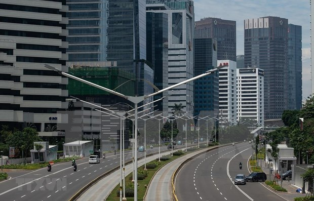 Impondra capital indonesia restricciones sociales a gran escala hinh anh 1