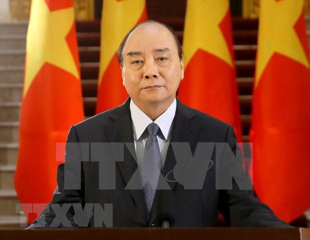 Premier de Vietnam exige velar por cumplimiento de medidas en lucha contra el COVID-19 hinh anh 1