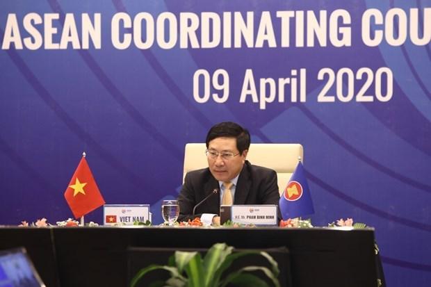 Comparte Vietnam experiencias antiepidemicas con paises de ASEAN hinh anh 1