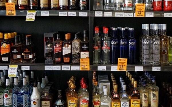Capital de Tailandia prohibe ventas de vino y cerveza hinh anh 1