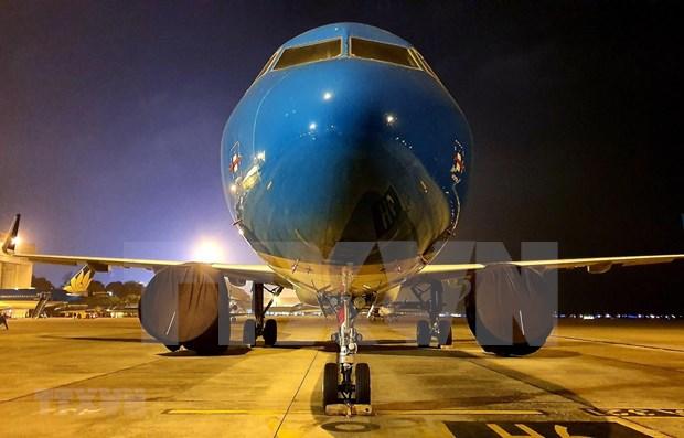 Vietnam Airlines traslada a 12 connacionales varados en Japon al pais hinh anh 1