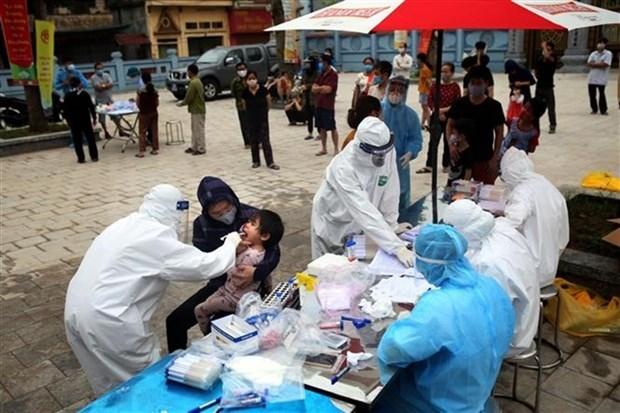 Pautas urgentes sobre inversion en pruebas de COVID-19 en localidades vietnamitas hinh anh 1
