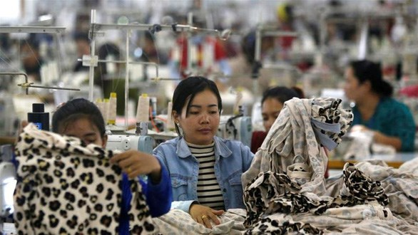 Mayoria de fabricas funcionan durante fiesta de ano nuevo en Camboya hinh anh 1