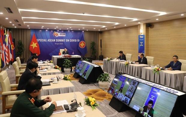 Resaltan papel activo de Vietnam como presidente de la ASEAN en respuesta al COVID-19 hinh anh 1