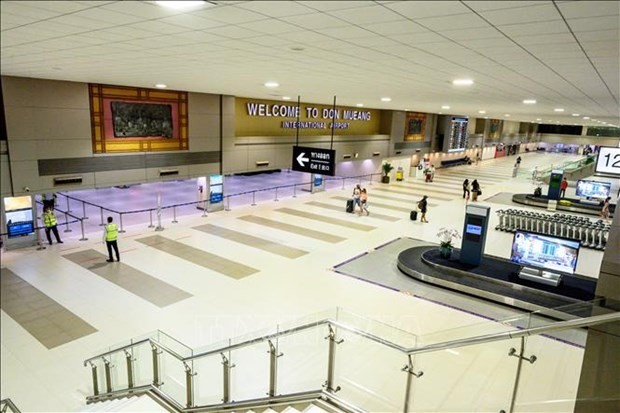 Tailandia prolonga prohibicion de vuelos hacia el pais hinh anh 1
