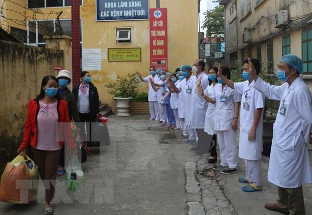 Reportan tres pacientes curados de COVID-19 en provincia vietnamita de Ha Nam hinh anh 1