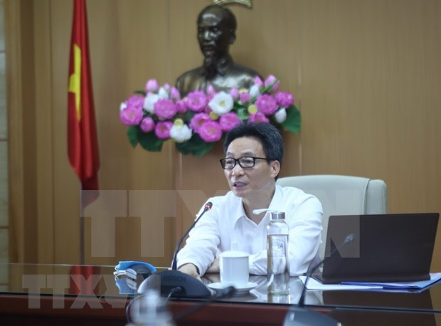 """Mantiene Vietnam alerta para """"convivir"""" con seguridad con COVID-19 hinh anh 1"""