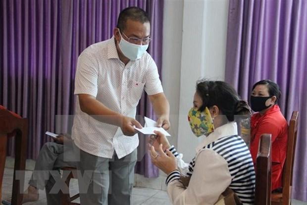 Vietnam entrega nueva donacion para ayudar a Camboya contra el COVID-19 hinh anh 1