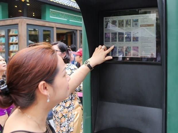 Inauguran Feria de Libro en espacio virtual en Vietnam hinh anh 1