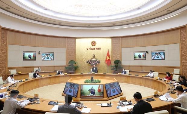 Premier de Vietnam aboga por mayores esfuerzos para recuperacion de economia capitalina hinh anh 1